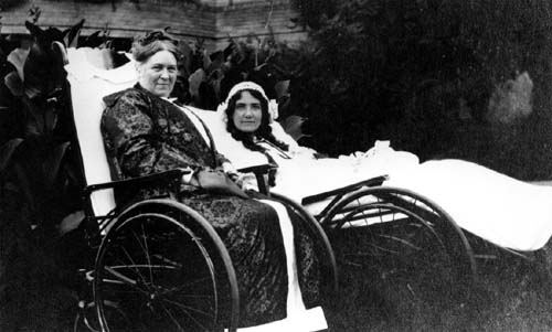 Photograph of Hattie McClure and an unknown fellow convalescent, circa 1902. Courtesy Lilly Library, Indiana University, Bloomington